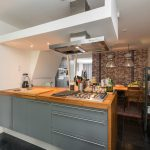 Tussenwoning met garage Middelharnis Oostdijk 47 keuken